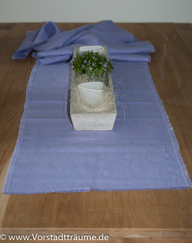 tischl ufer aus leinen lila vorstadt tr ume. Black Bedroom Furniture Sets. Home Design Ideas